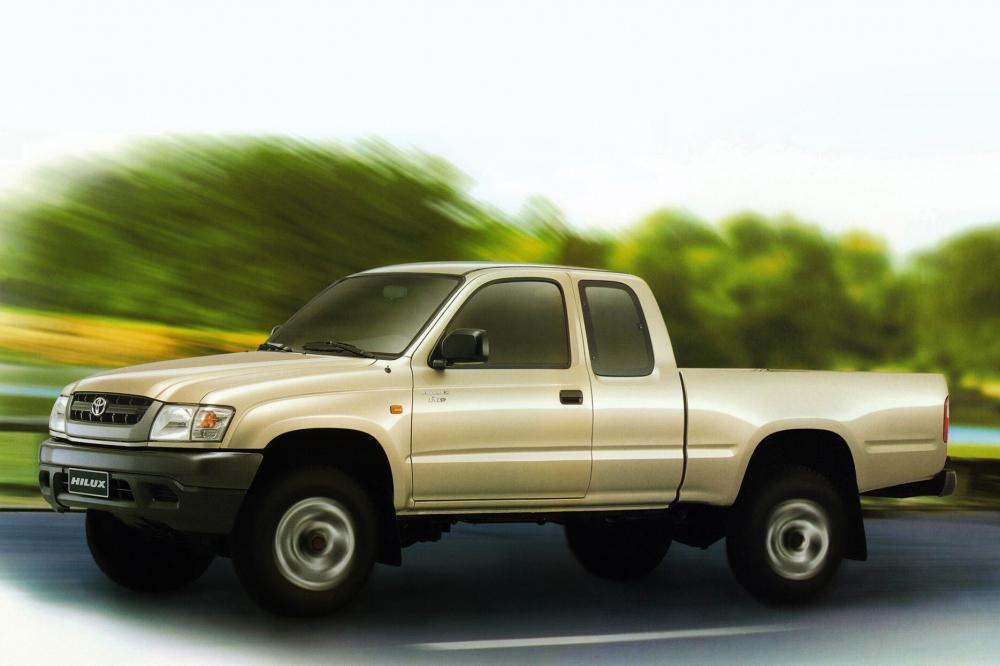 Toyota Hilux 6 поколение [рестайлинг] (2001-2004) Xtracab пикап 2-дв.