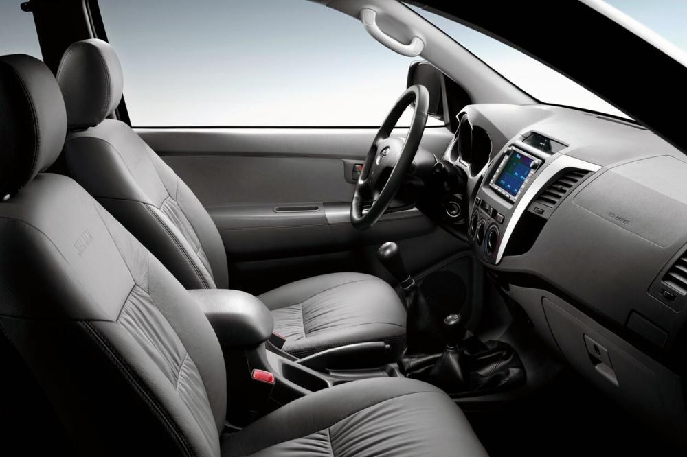 Toyota Hilux 7 поколение (2005-2008) Extended Cab пикап 2-дв. интерьер