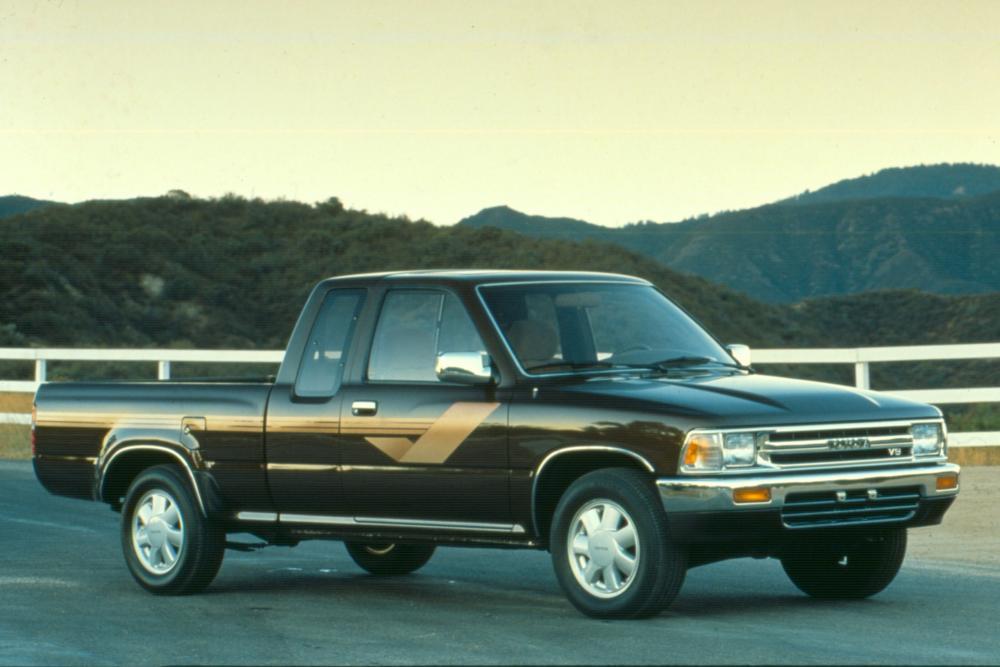 Toyota Hilux 5 поколение (1988-1991) Xtracab пикап 2-дв.