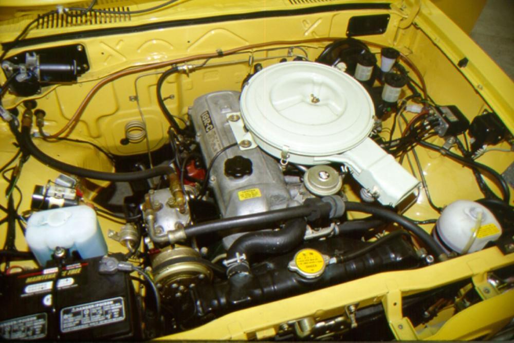 Toyota Hilux 2 поколение (1972-1978) Пикап двигатель