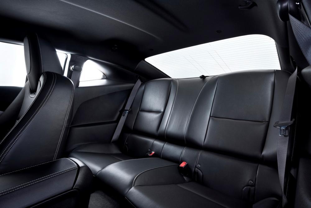 Chevrolet Camaro 5 поколение Купе 2-дв. интерьер