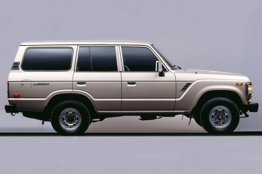 Toyota Land Cruiser J60 [рестайлинг] (1987-1990) Внедорожник
