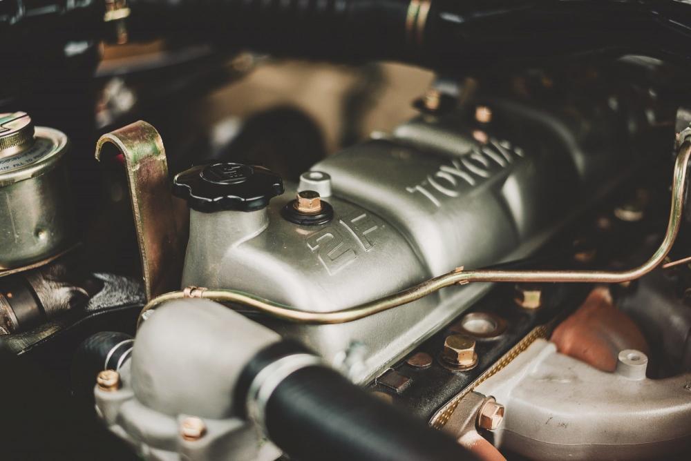 Toyota Land Cruiser J60 (1980-1987) Внедорожник двигатель
