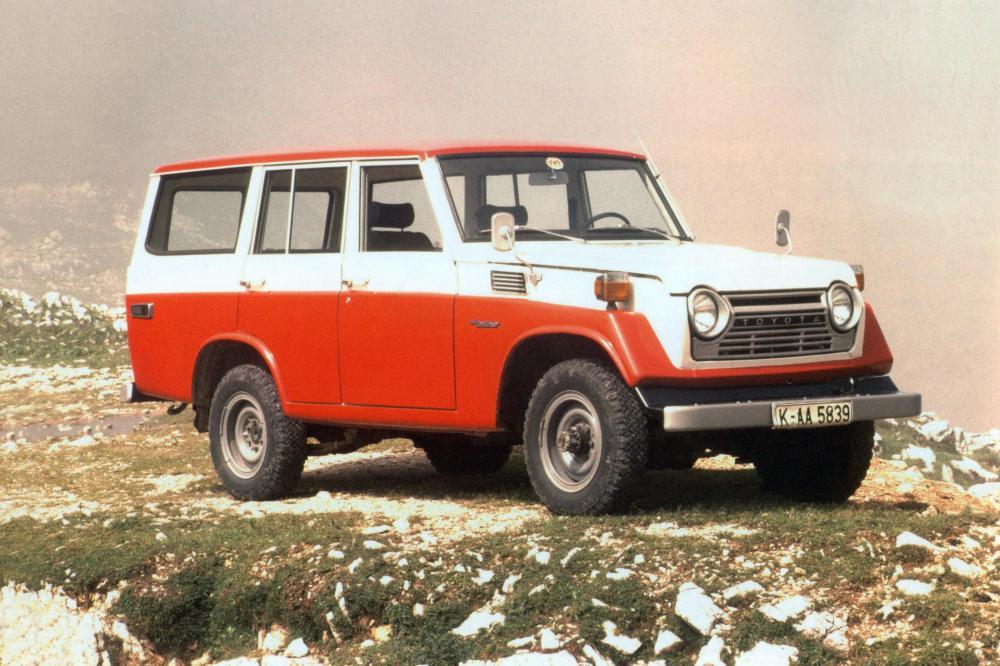 Toyota Land Cruiser J50 (1967-1984) FJ55V внедорожник 5-дв.