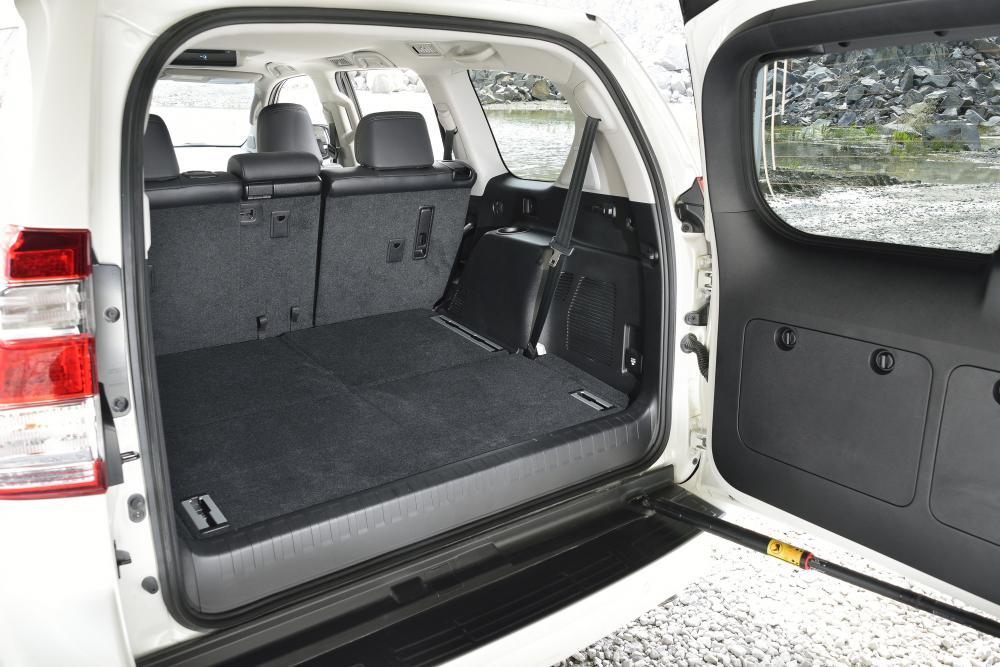 Toyota Land Cruiser Prado J150 [рестайлинг] (2013) Внедорожник 5-дв. интерьер, багажник