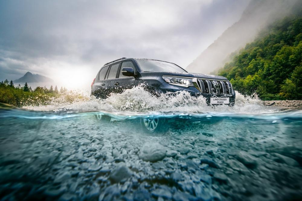 Toyota Land Cruiser Prado J150 2-й рестайлинг (2017) Внедорожник