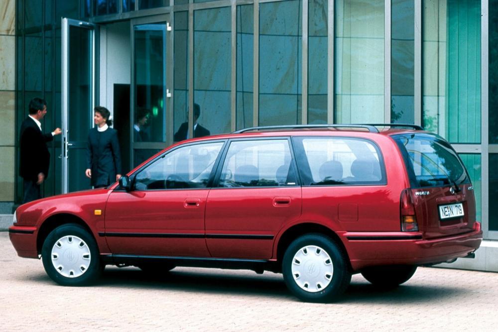 Nissan Primera 1 поколение P10 (1990-1997) Универсал