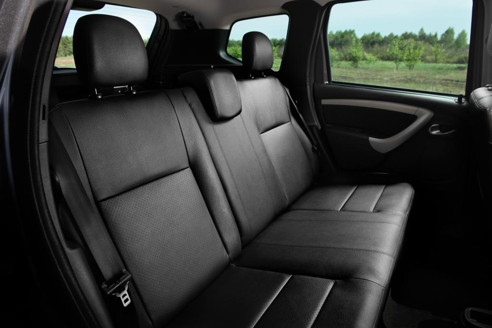 Nissan Terrano 5 поколение Кроссовер интерьер