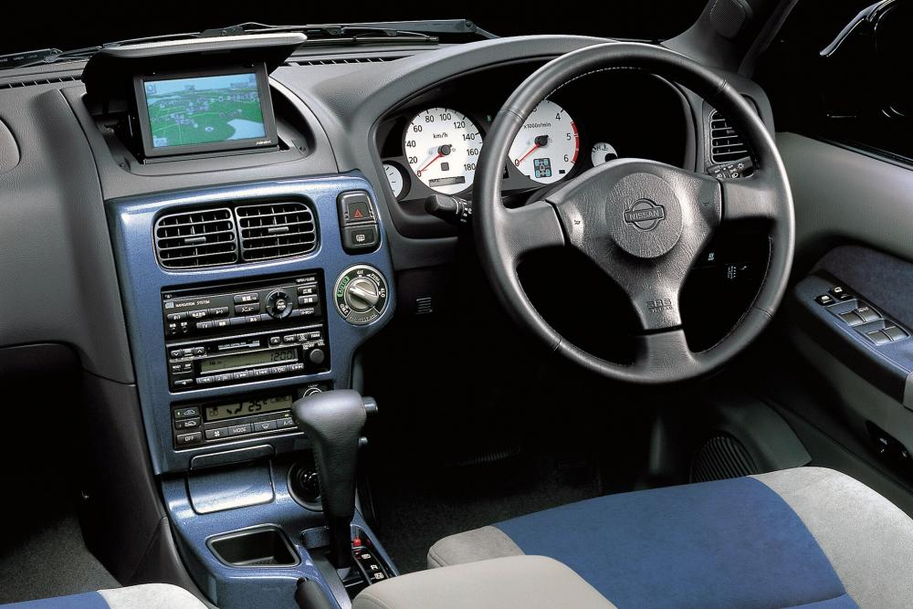 Nissan Terrano R50 Внедорожник 5-дв. интерьер
