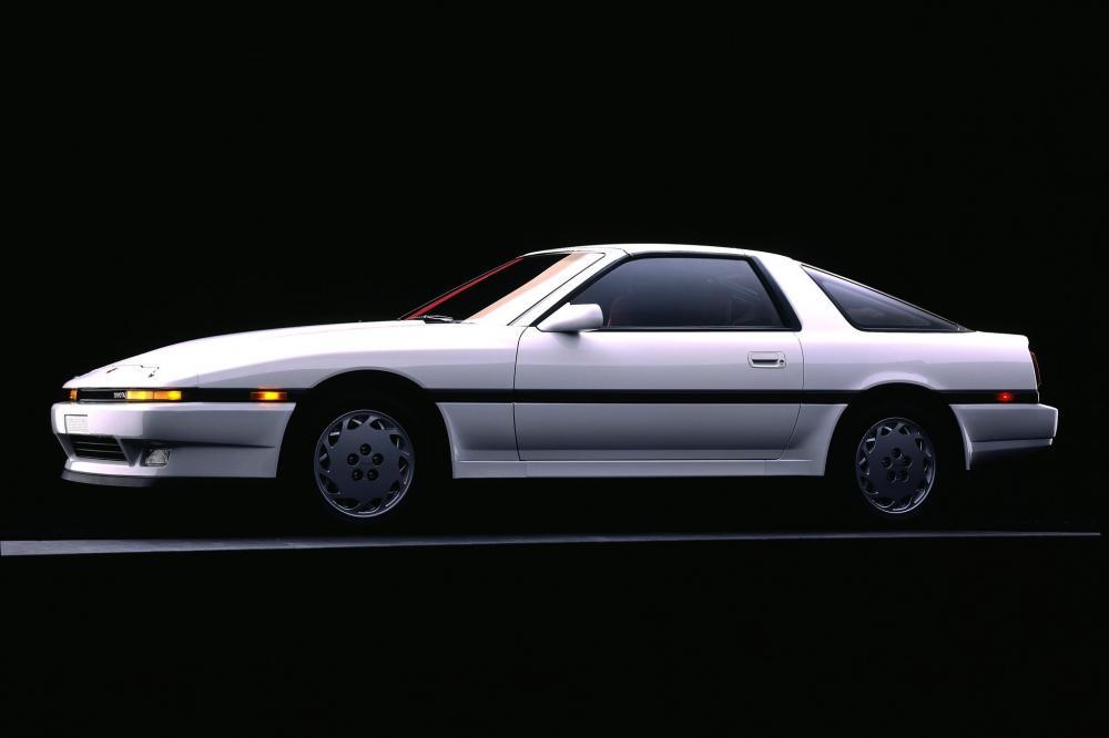 Toyota Supra Mark III тарга