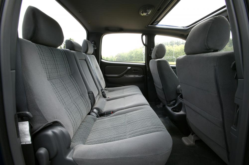 Toyota Tundra 1 поколение [рестайлинг] (2003-2006) Double Cab пикап 4-дв. интерьер