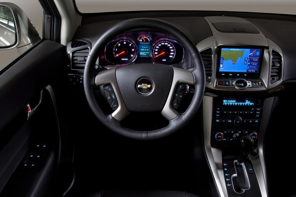 Chevrolet Captiva 1 поколение 2-й рестайлинг (2013-2015) Кроссовер интерьер