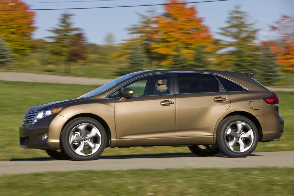 Toyota Venza 1 поколение (2008-2012) Кроссовер