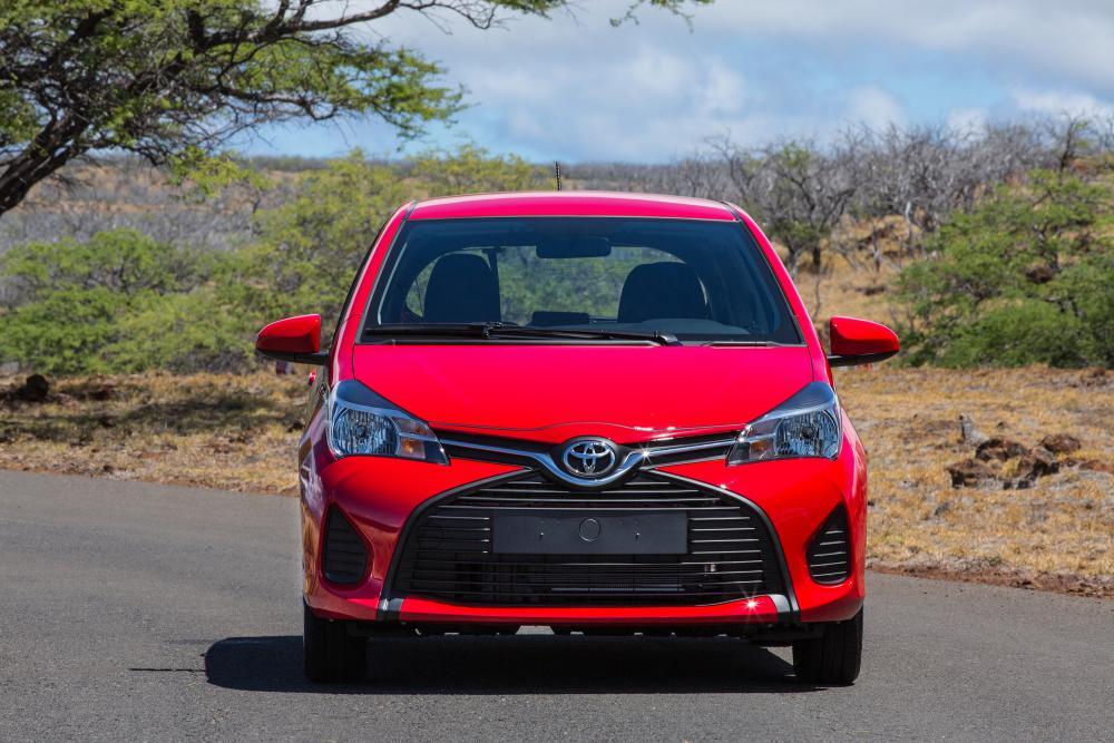 Toyota Yaris 3 поколение XP130 [рестайлинг] (2014-2017) Хетчбэк 3-дв.