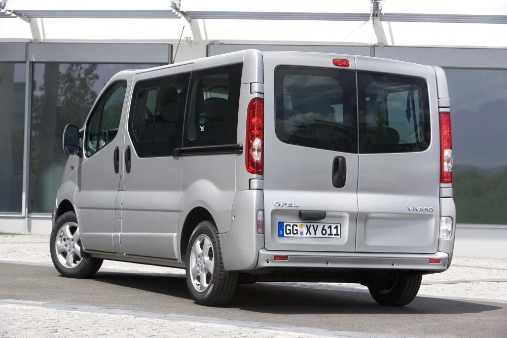 Opel Vivaro 1 поколение [рестайлинг] (2006-2014) Combi минивэн 4-дв.