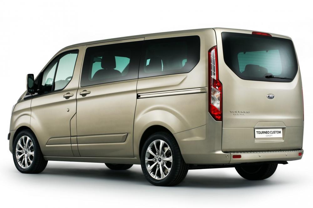 Ford Tourneo Custom 1 поколение Минивэн