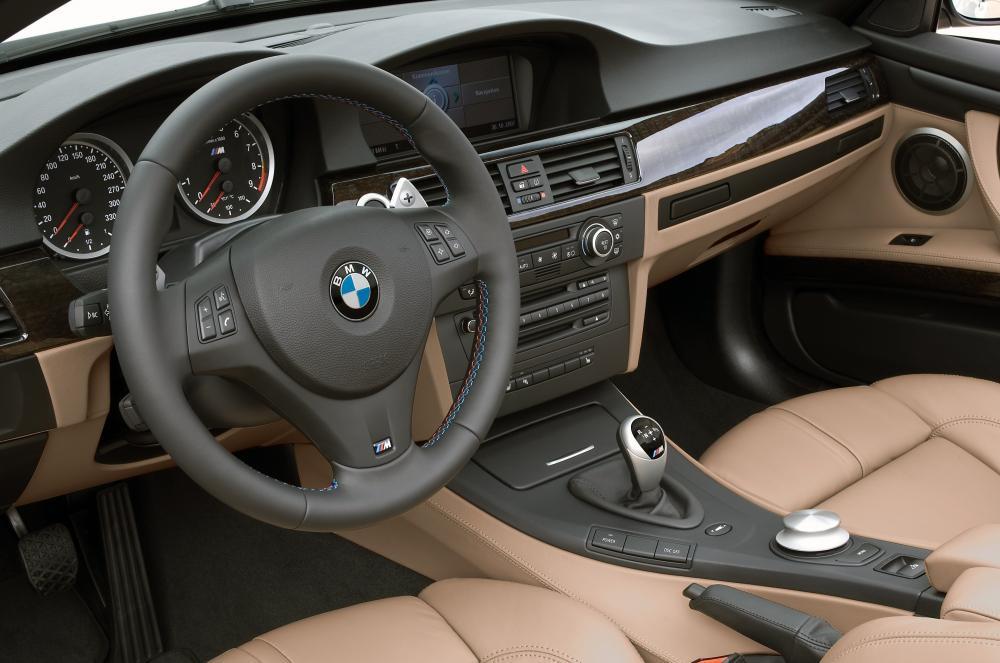 BMW M3 E93 (2008-2013) Кабриолет интерьер