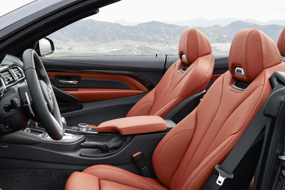 BMW M4 F83 (2014-2020) Кабриолет интерьер