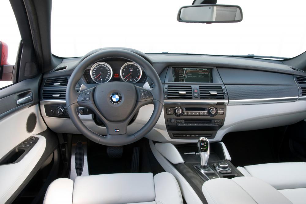 BMW X6 M E71 (2009-2012) Sports Activity Coupe кроссовер 5-дв. интерьер