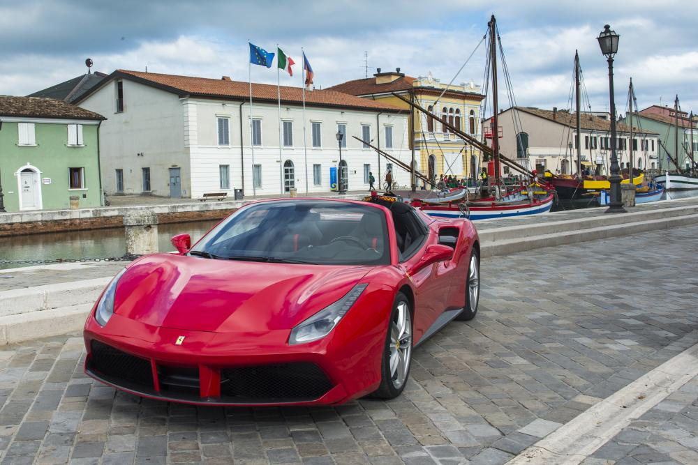 Ferrari 488 1 поколение Spider родстер