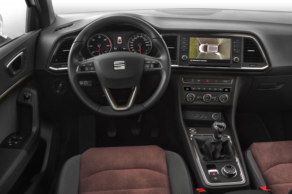 SEAT Ateca 1 поколение Кроссовер интерьер