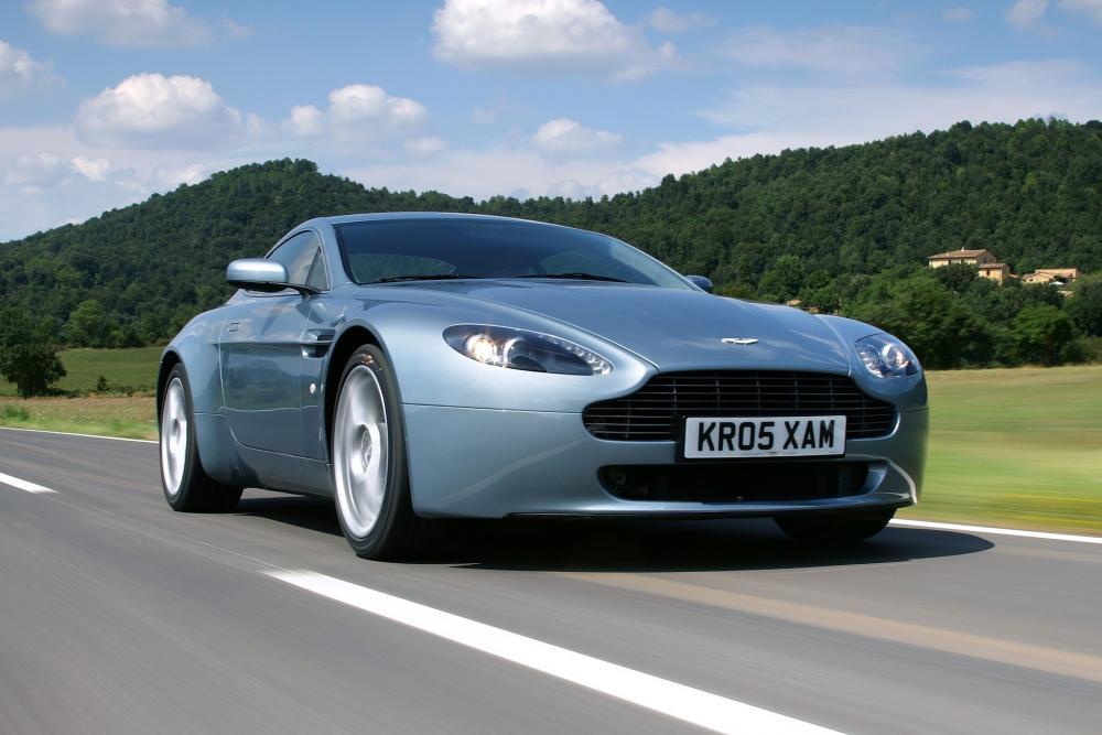 Aston Martin Vantage 3 поколение V8 купе 2-дв.