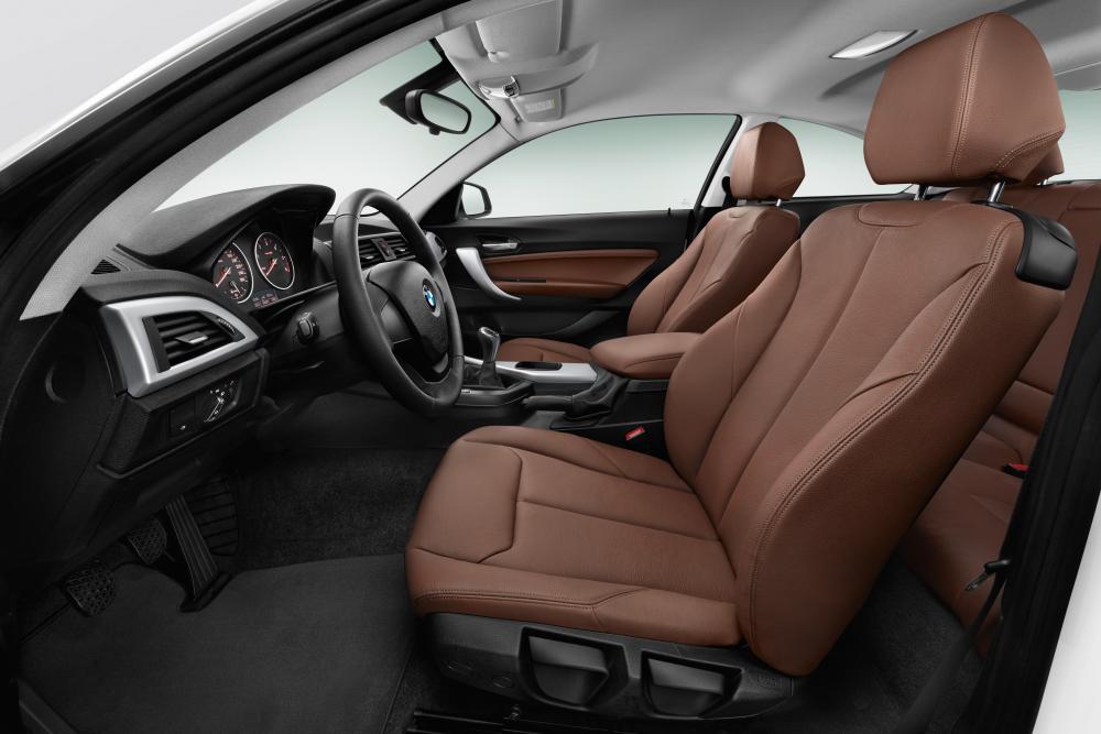 BMW 2 серия F22 (2013-2017) Купе интерьер