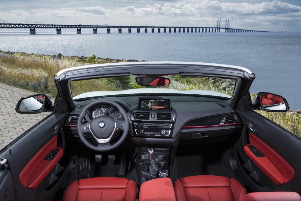 BMW 2 серия 1 поколение F23 (2015-2017) Кабриолет интерьер