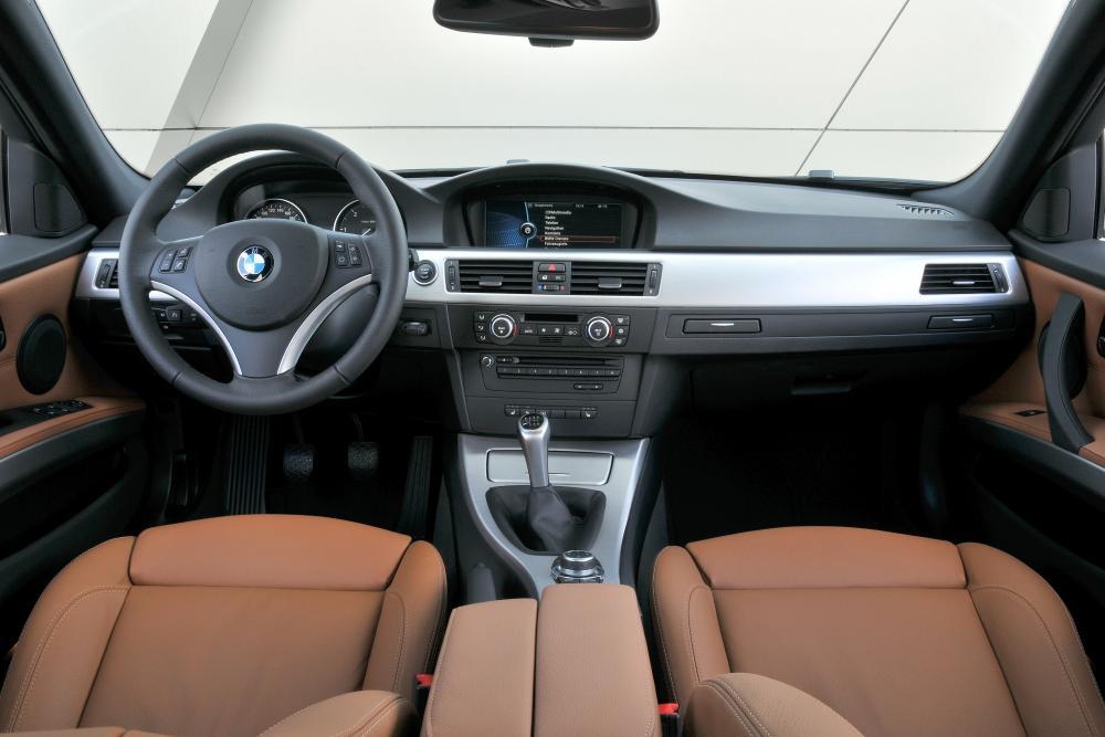 BMW 3 серия 5 поколение E90 [рестайлинг] (2008-2012) Седан интерьер