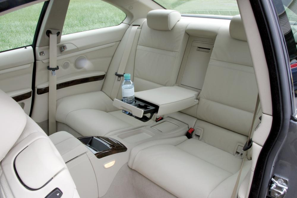 BMW 3 серия 5 поколение E92 (2006-2010) Купе интерьер