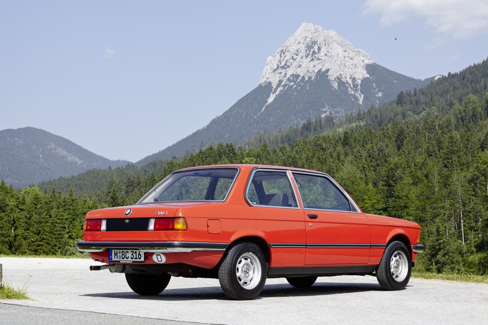 BMW 3 серия 1 поколение Е21 (1975-1983) Седан