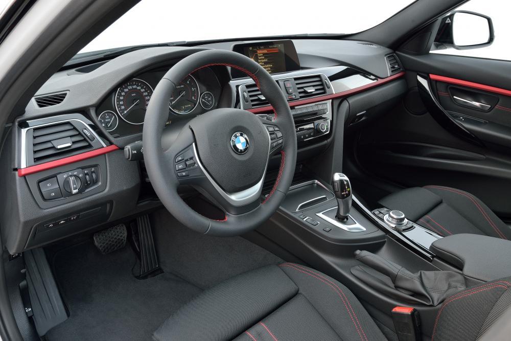 BMW 3 серия 6 поколение F31 [рестайлинг] (2015-2018) Универсал интерьер
