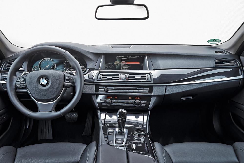 BMW 5 серия F11 [рестайлинг] (2013-2017) Touring универсал интерьер
