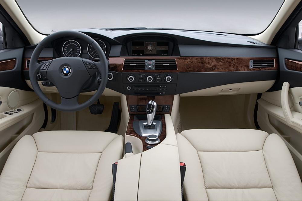 BMW 5 серия E60 [рестайлинг] (2007-2010) Седан интерьер