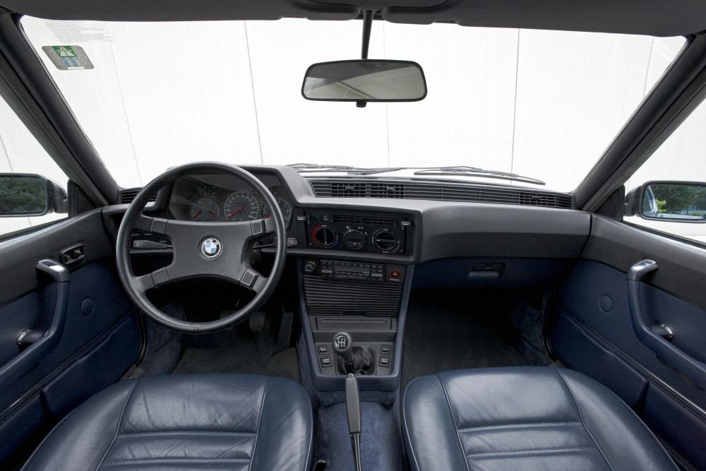 BMW 6 серия 1 поколение E24 [рестайлинг] (1978-1987) Купе интерьер