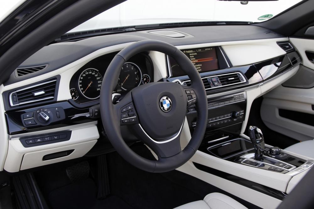 BMW 7 серия 5 поколение F01/F02 [рестайлинг] (2012-2015) Седан интерьер