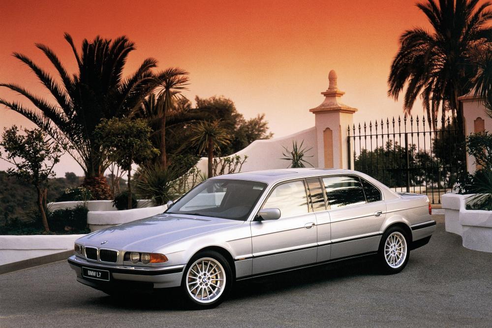 BMW 7 серия 3 поколение E38 [рестайлинг] (1998-2001) L7 седан 4-дв.