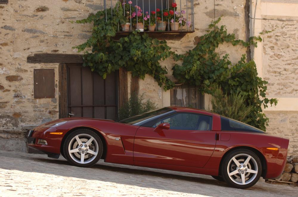 Chevrolet Corvette C6 Тарга