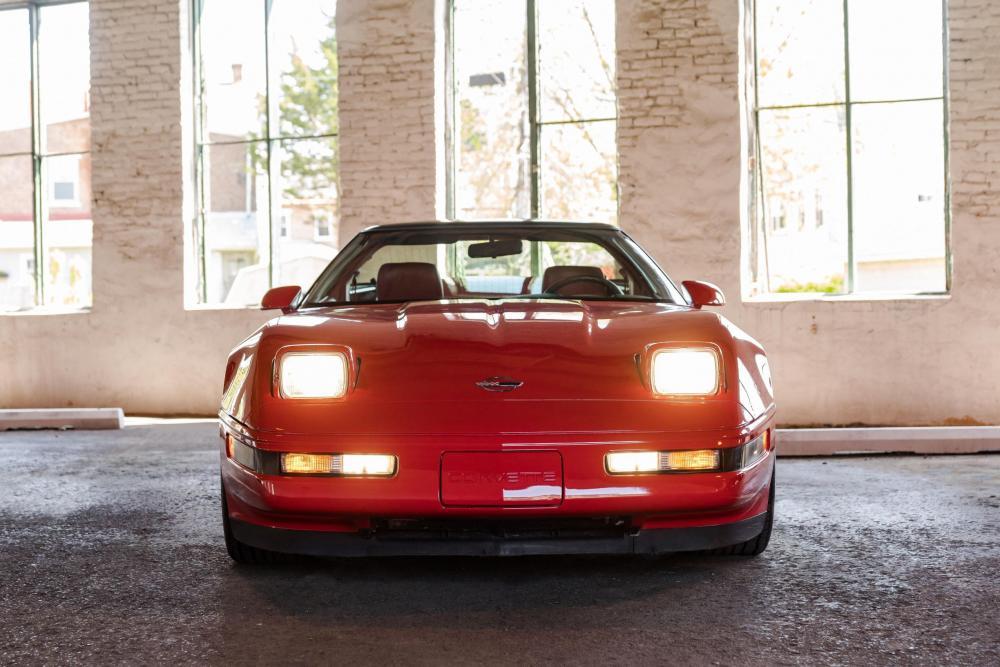 Chevrolet Corvette C4 2-й рестайлинг ZR1 тарга 2-дв.