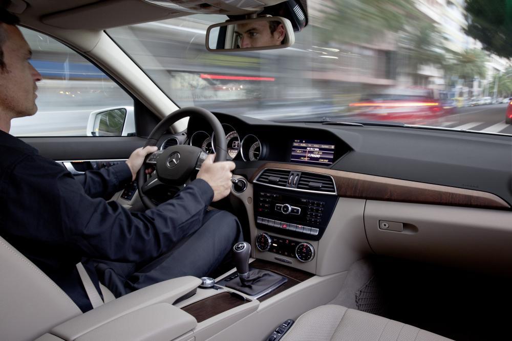 Mercedes-Benz C-Класс C204 рестайлинг универсал интерьер