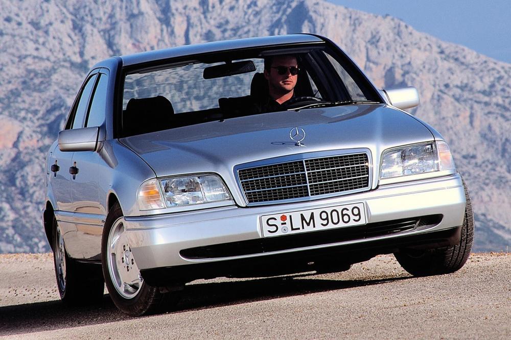 Mercedes-Benz C-Класс W202 (1993-1997) Седан