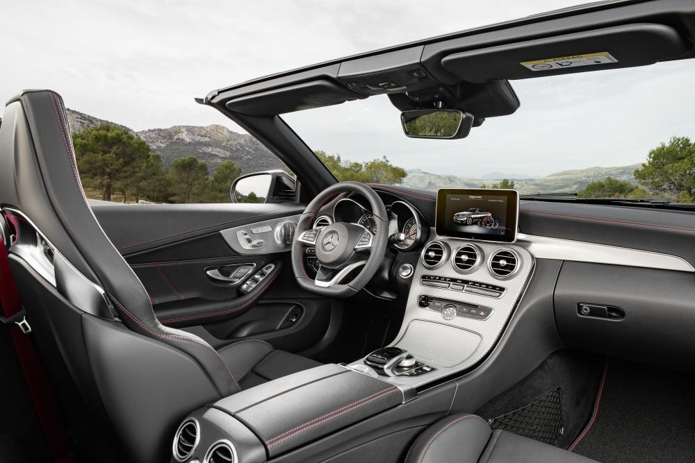Mercedes-Benz C-Класс A205 (2014-2018) Кабриолет интерьер