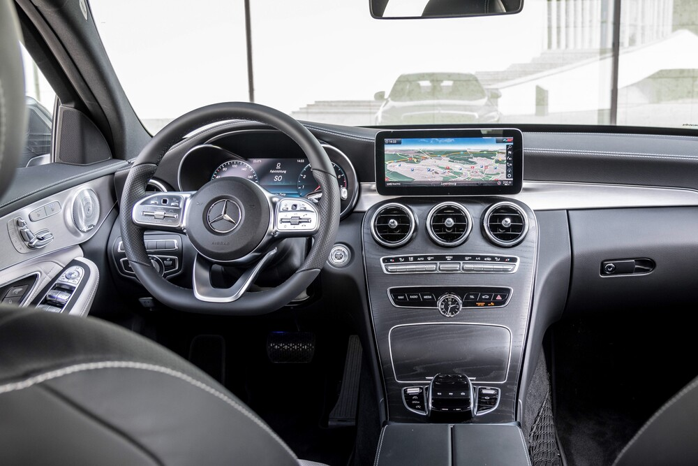 Mercedes-Benz C-Класс W205 [рестайлинг] (2018 - 2021) Седан 4-дв. интерьер