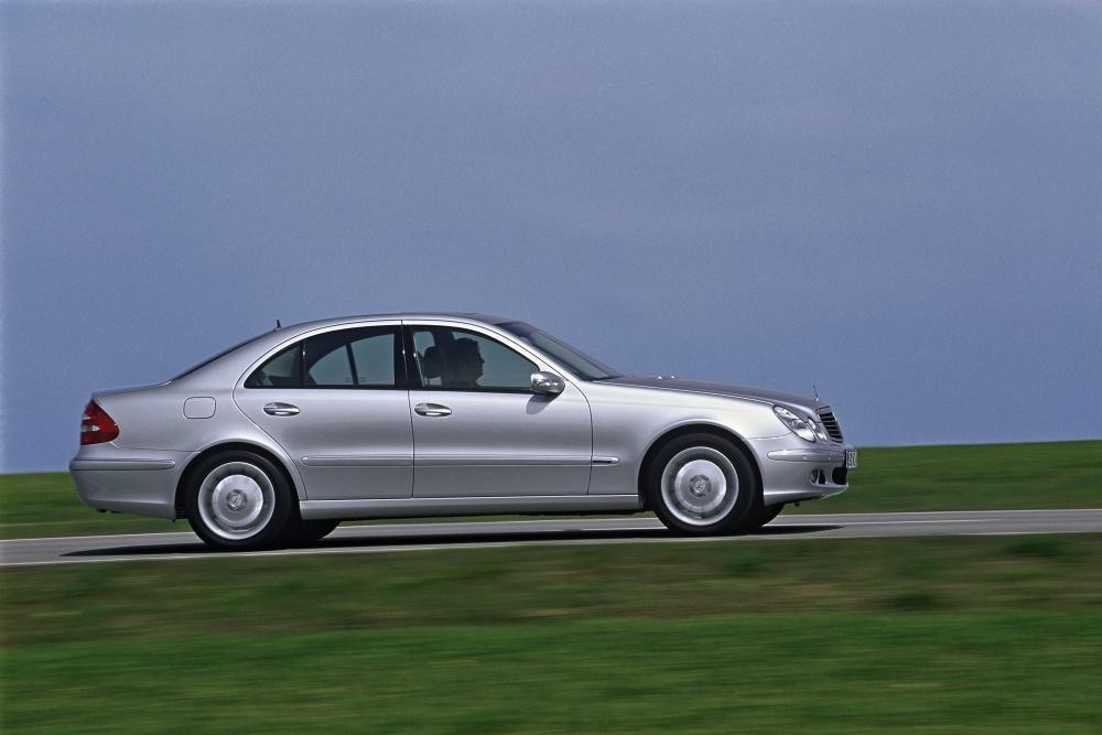 Mercedes-Benz E-Класс W211 (2002-2006) Седан 4-дв.