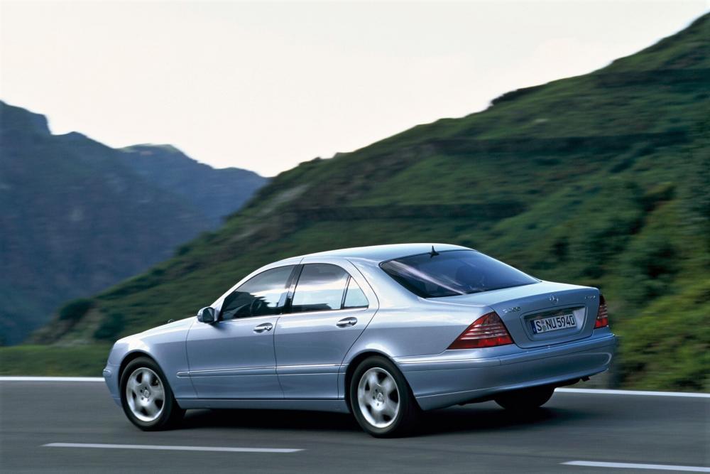 Mercedes-Benz S-Класс W220 [рестайлинг] (2002-2005) Седан 4-дв.