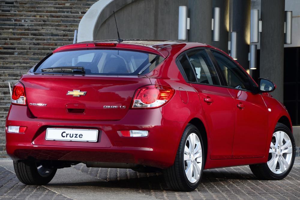 Chevrolet Cruze 2 поколение J300 рестайлинг (2012-2015) Хетчбэк 5-дв.