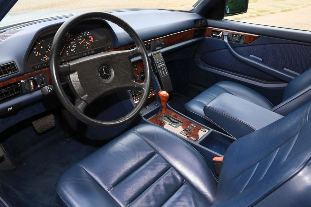 Mercedes-Benz S-Класс C126 [рестайлинг] (1985-1991) Купе интерьер