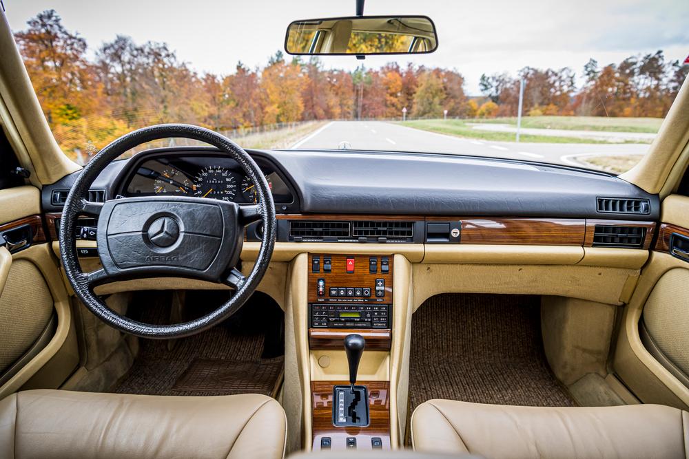 Mercedes-Benz S-Класс W126 (1979-1985) Седан