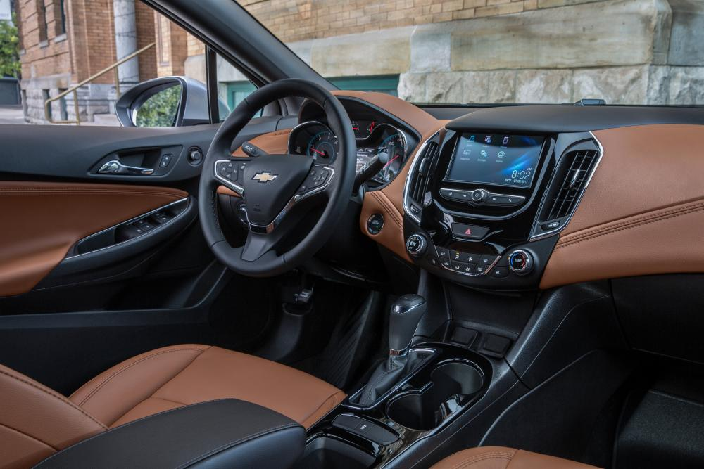 Chevrolet Cruze 3 поколение (2015-2018) Седан интерьер