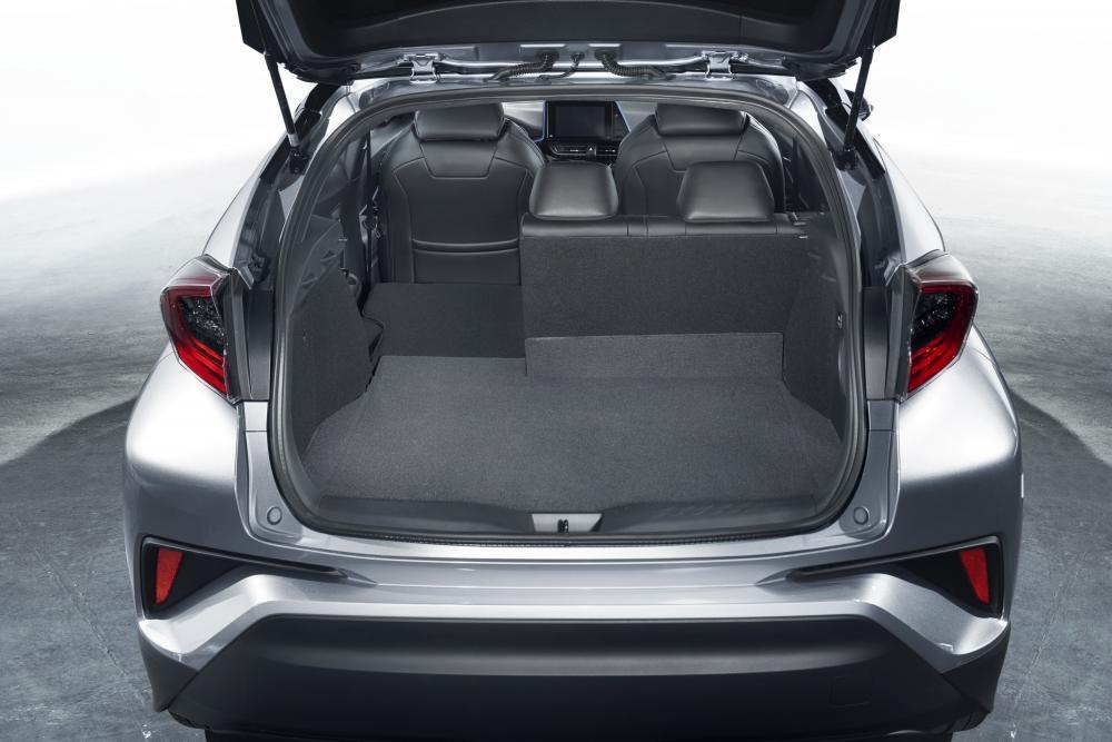 Toyota C-HR 1 поколение (2016-2020) Хетчбэк багажник